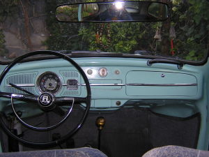 1969_Mexican_Volkswagen_Beetle_Dashboard