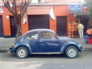 800px-Volkswagen_Sedán_1992_RBras